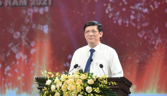 Bộ trưởng Nguyễn Thanh Long: Bộ Y tế nỗ lực đàm phán, trao đổi hơn 200 cuộc để có 130 triệu liều vắc xin phòng COVID-19.